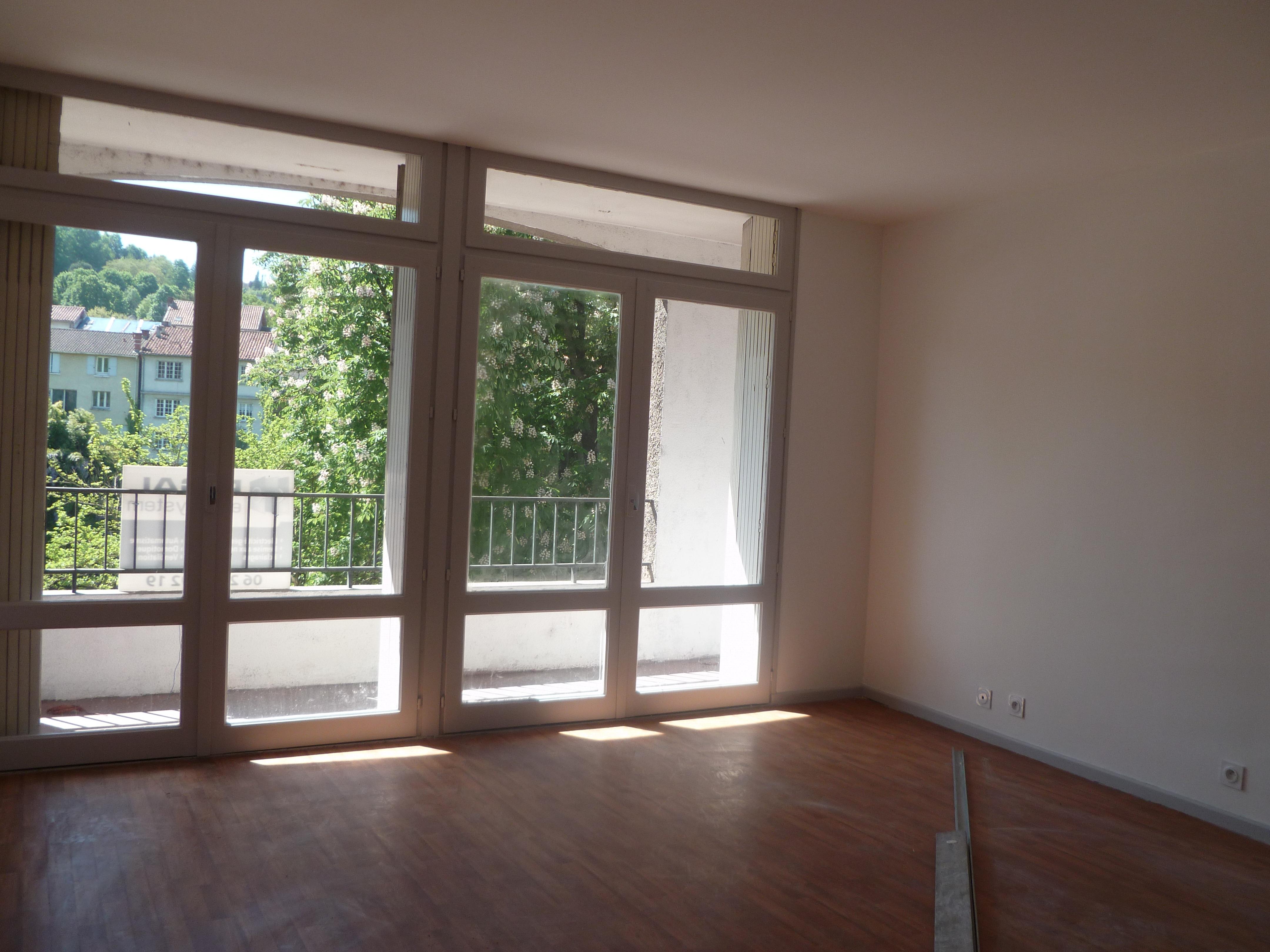 Appartement T1 avec balcon à louer à Figeac
