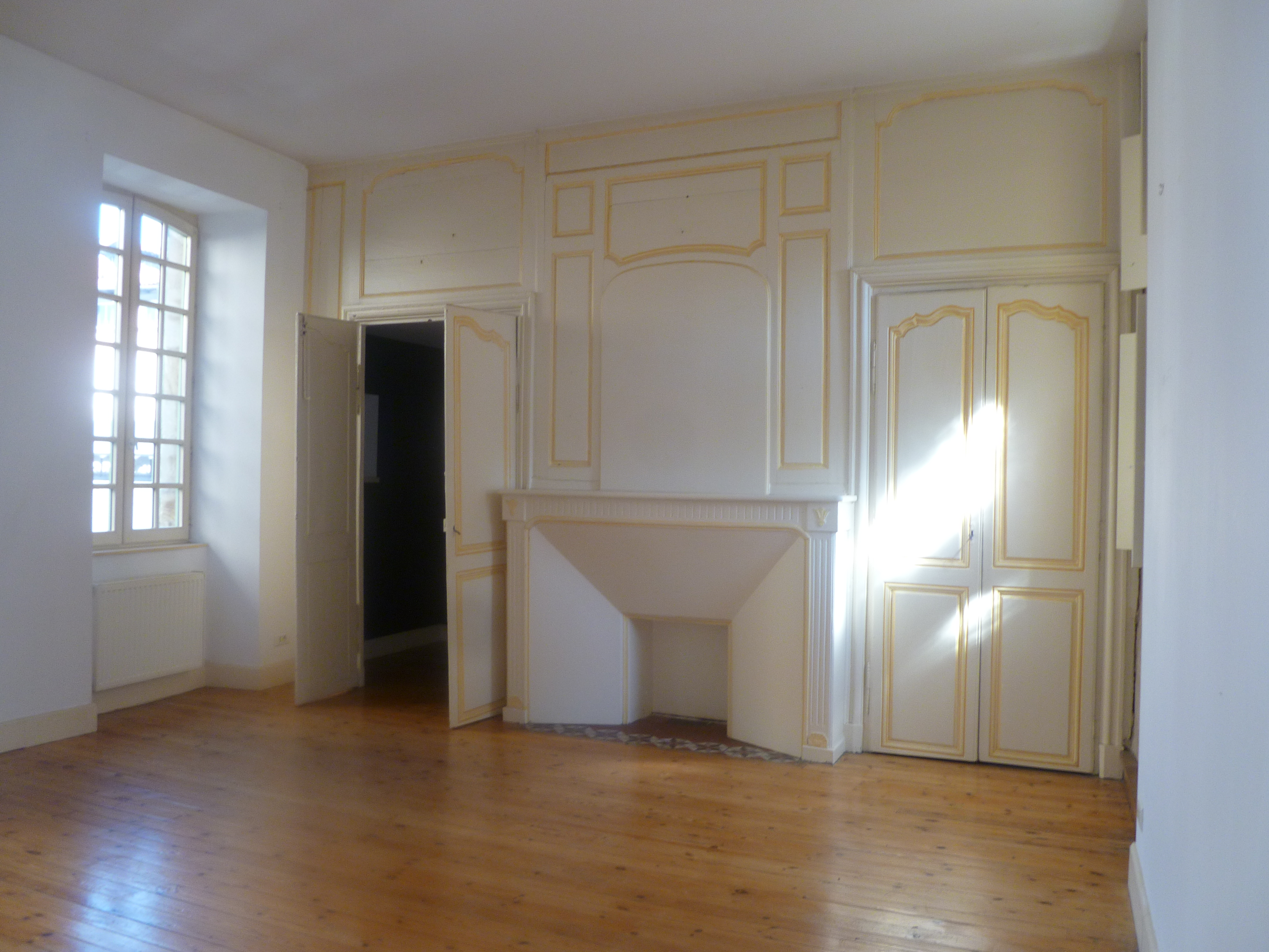 Appartement T3 de charme à louer au centre de FIGEAC