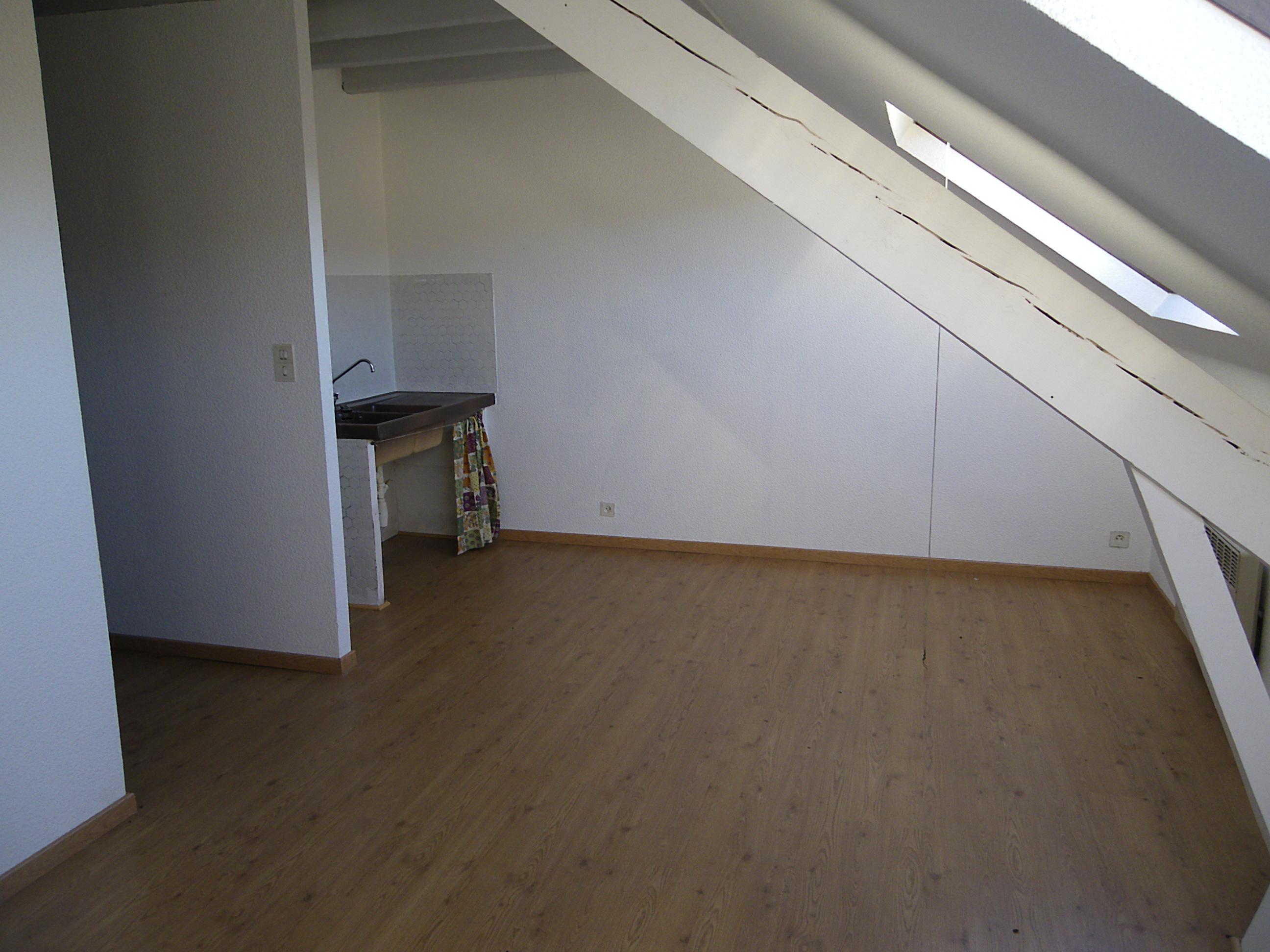 Appartement T1 Bis à louer à Capdenac