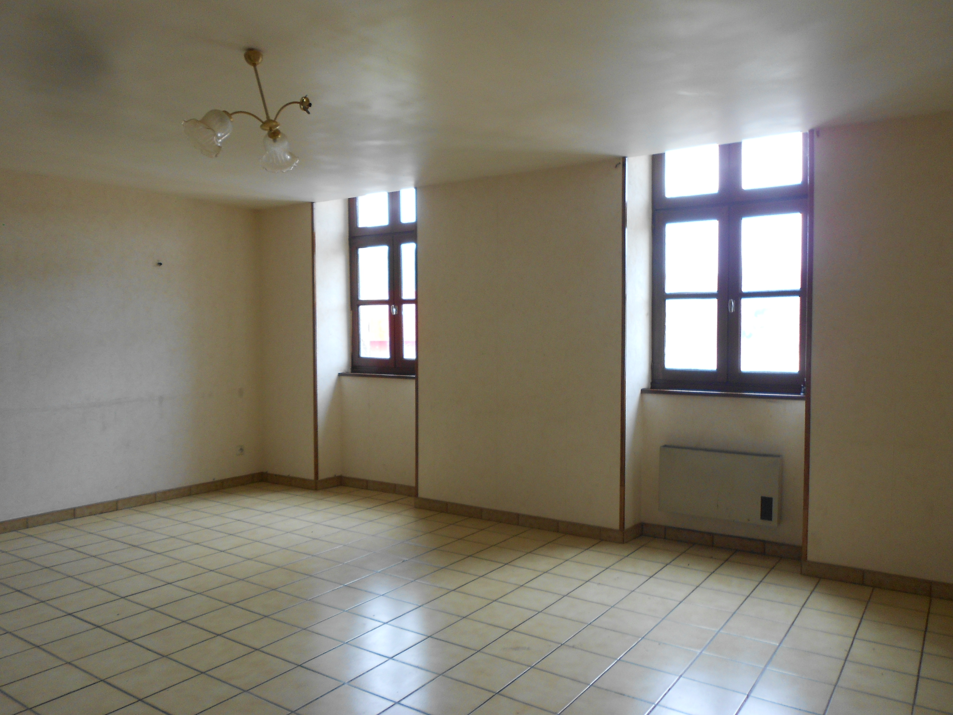 Appartement T3 DECAZEVILLE