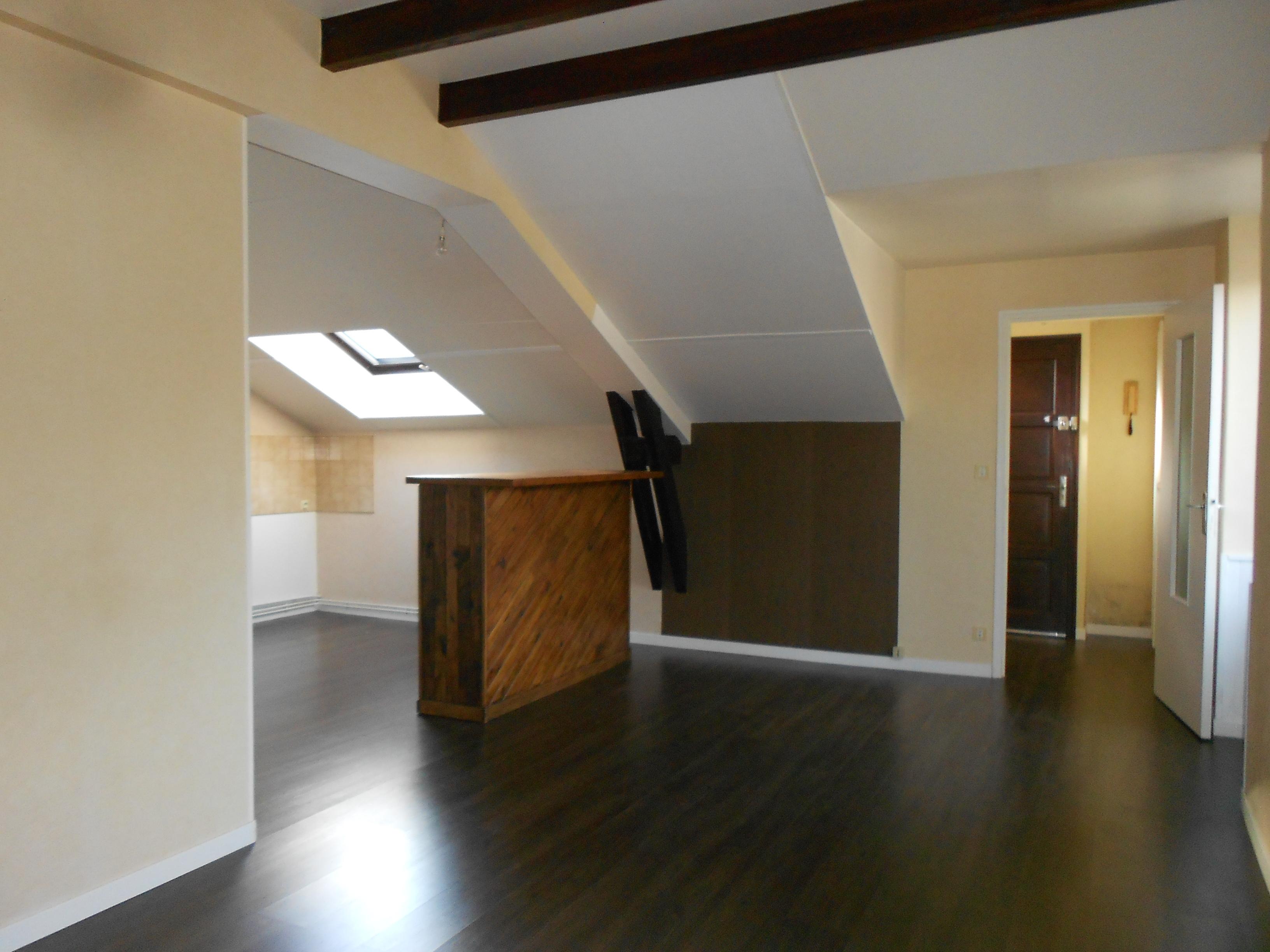 Appartement T3 à louer à Decazeville