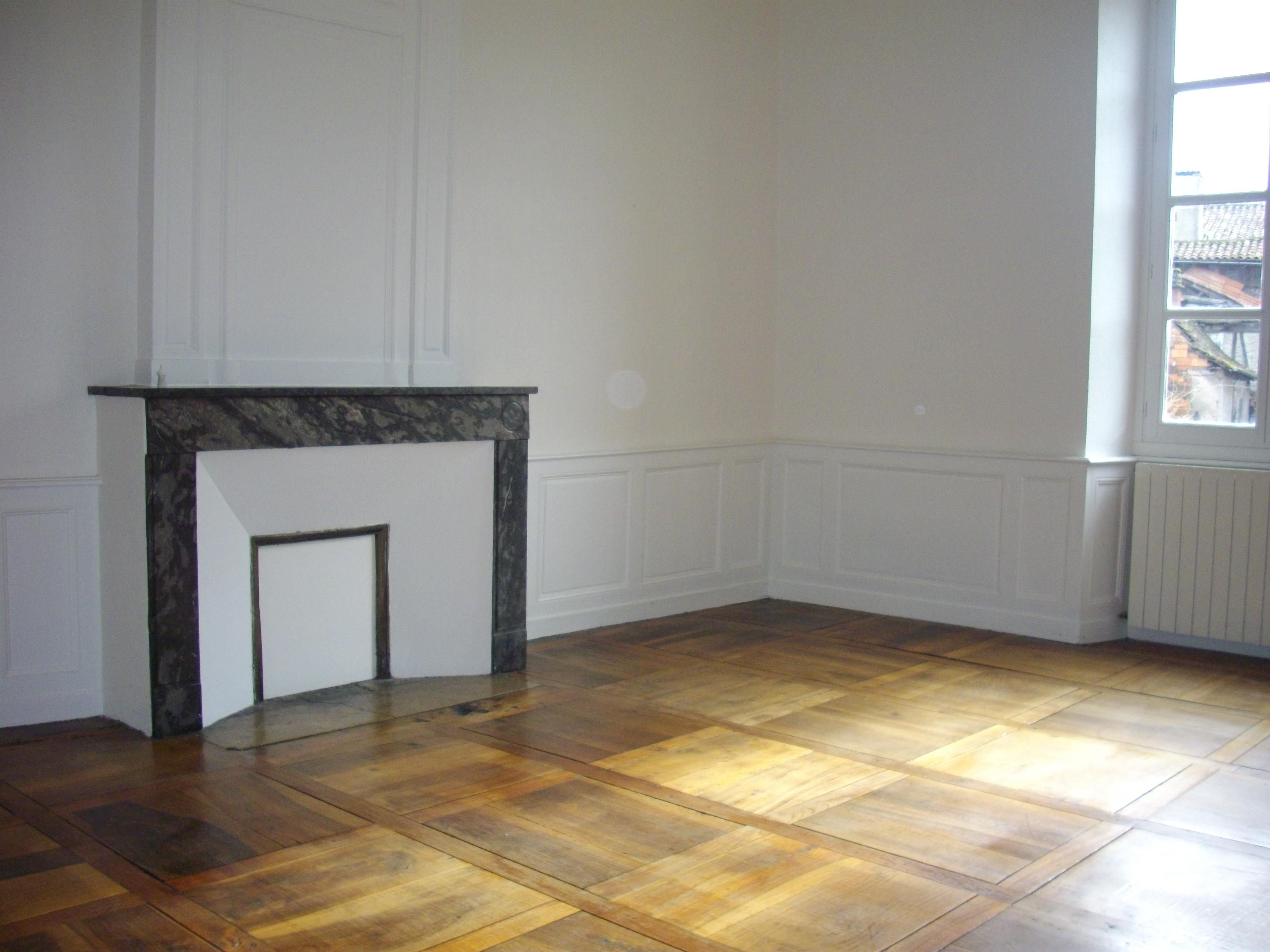 Appartement T3 à louer au centre historique de FIGEAC