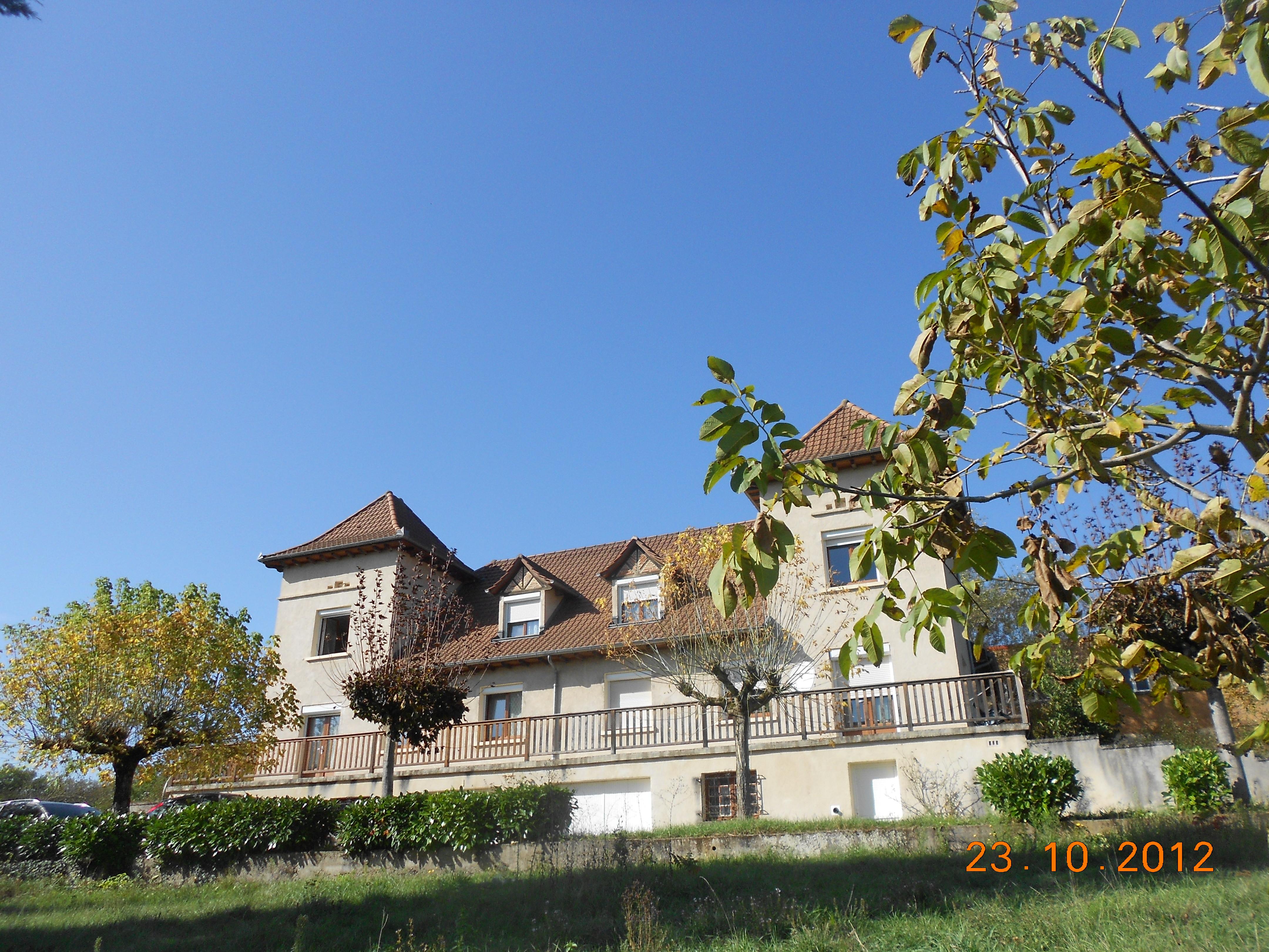 Villa 2 Appartements T4/5 Duplex proche Capdenac-Gare