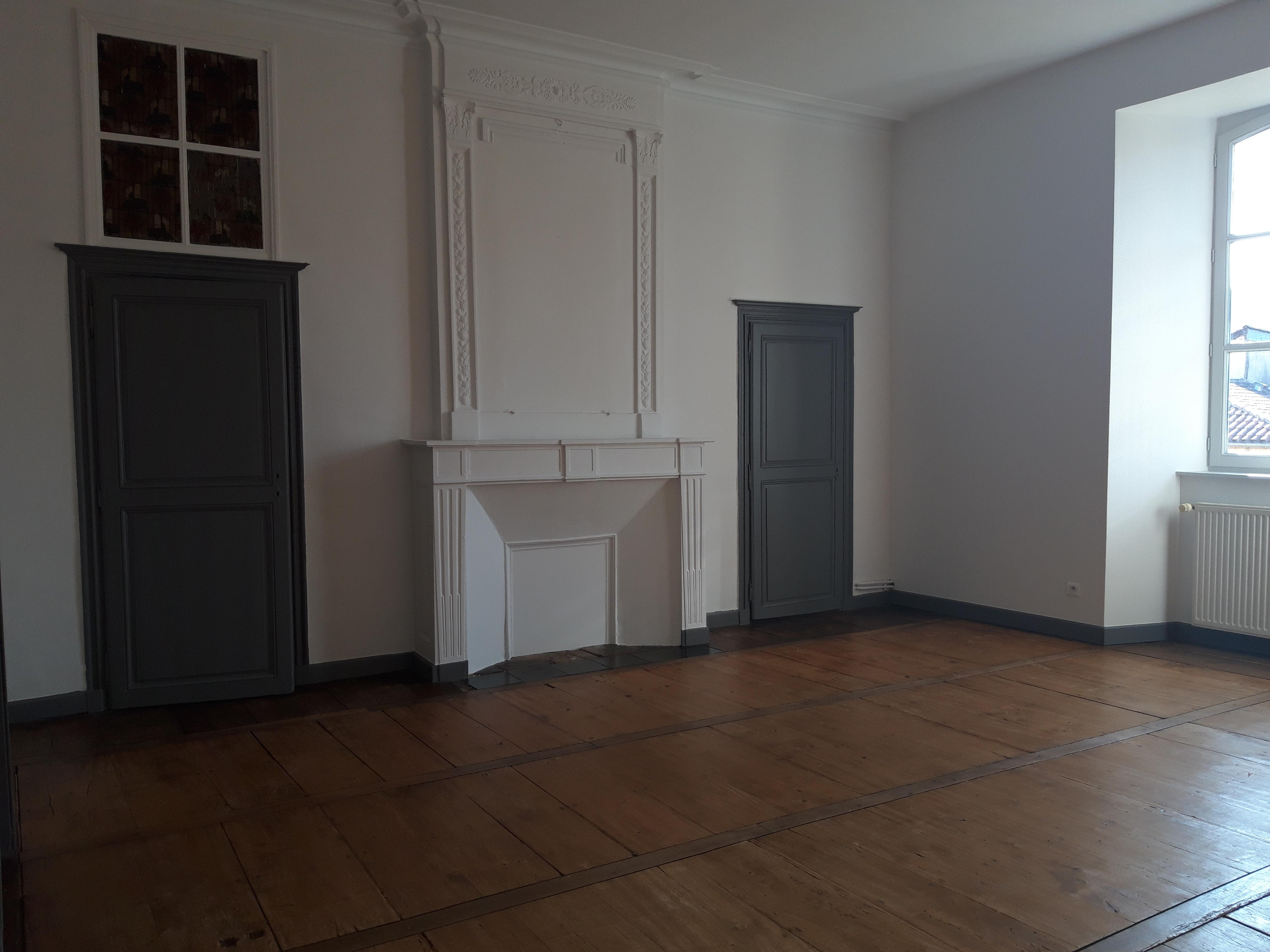 Appartement T4 duplex de charme à louer à FIGEAC