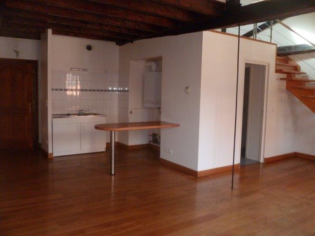 Joli appartement T2 duplex à louer à FIGEAC centre historique