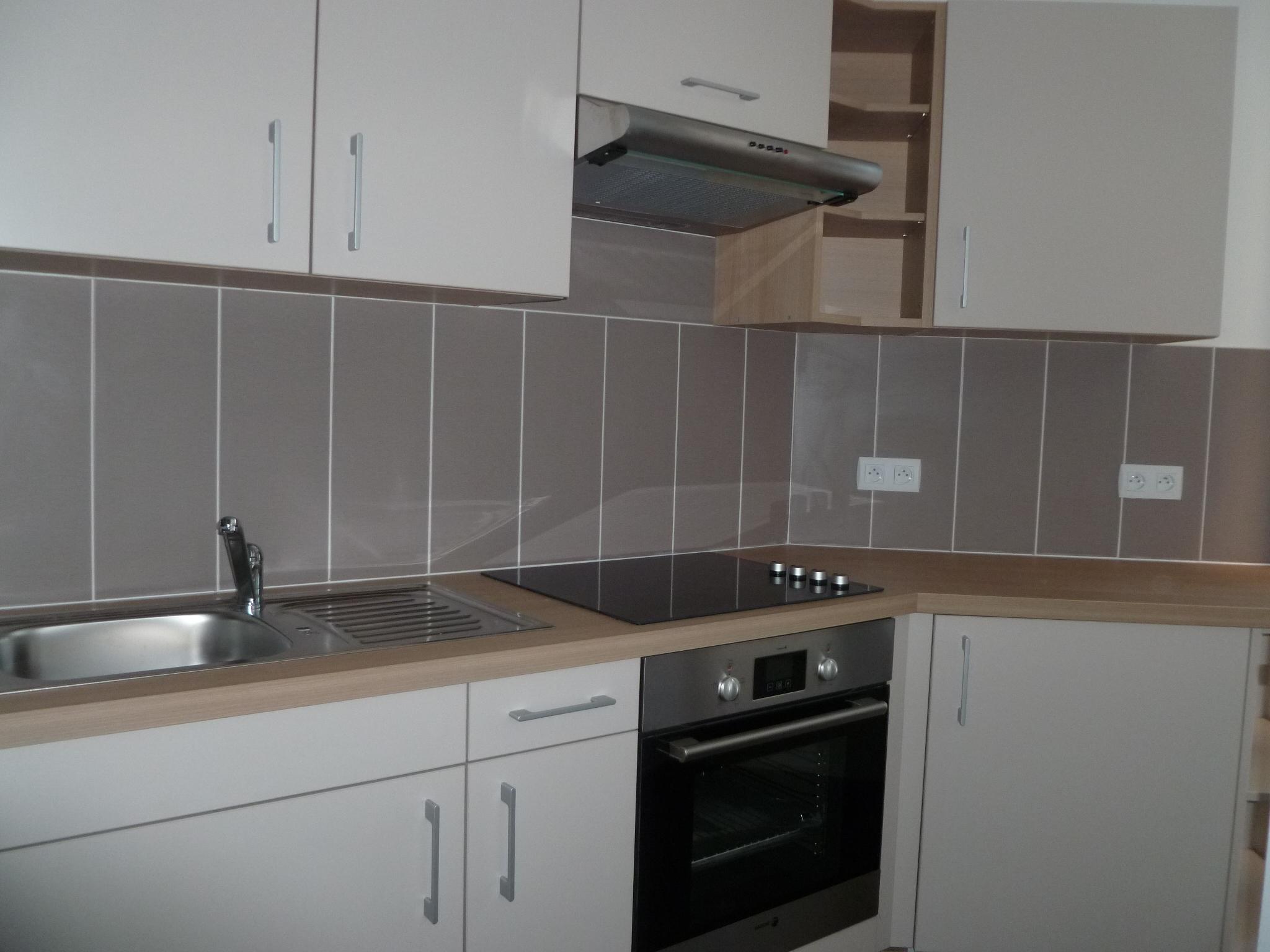 Appartement T1 rénové à louer à Figeac