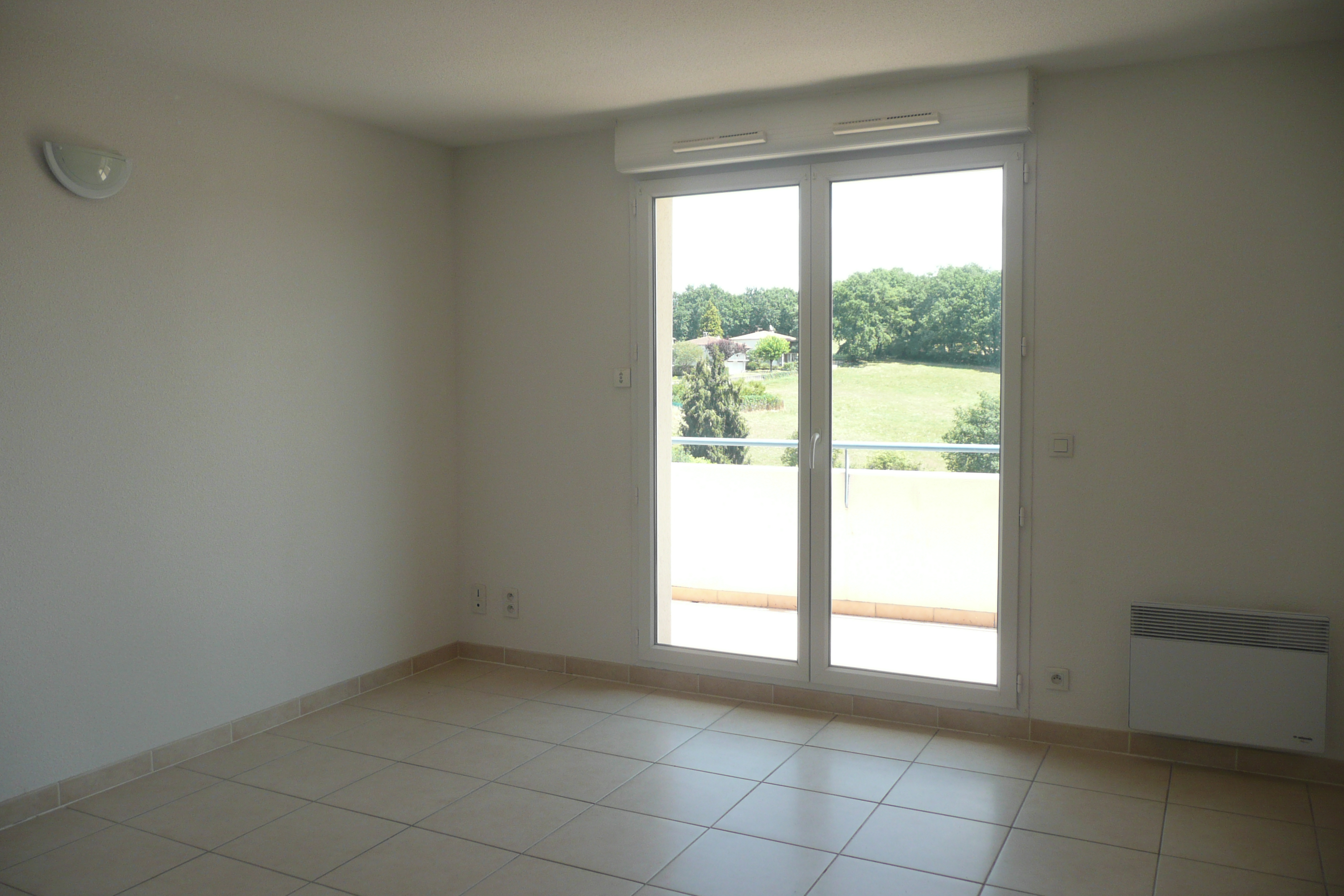 Appartement T2  à louer dans résidence calme à Figeac