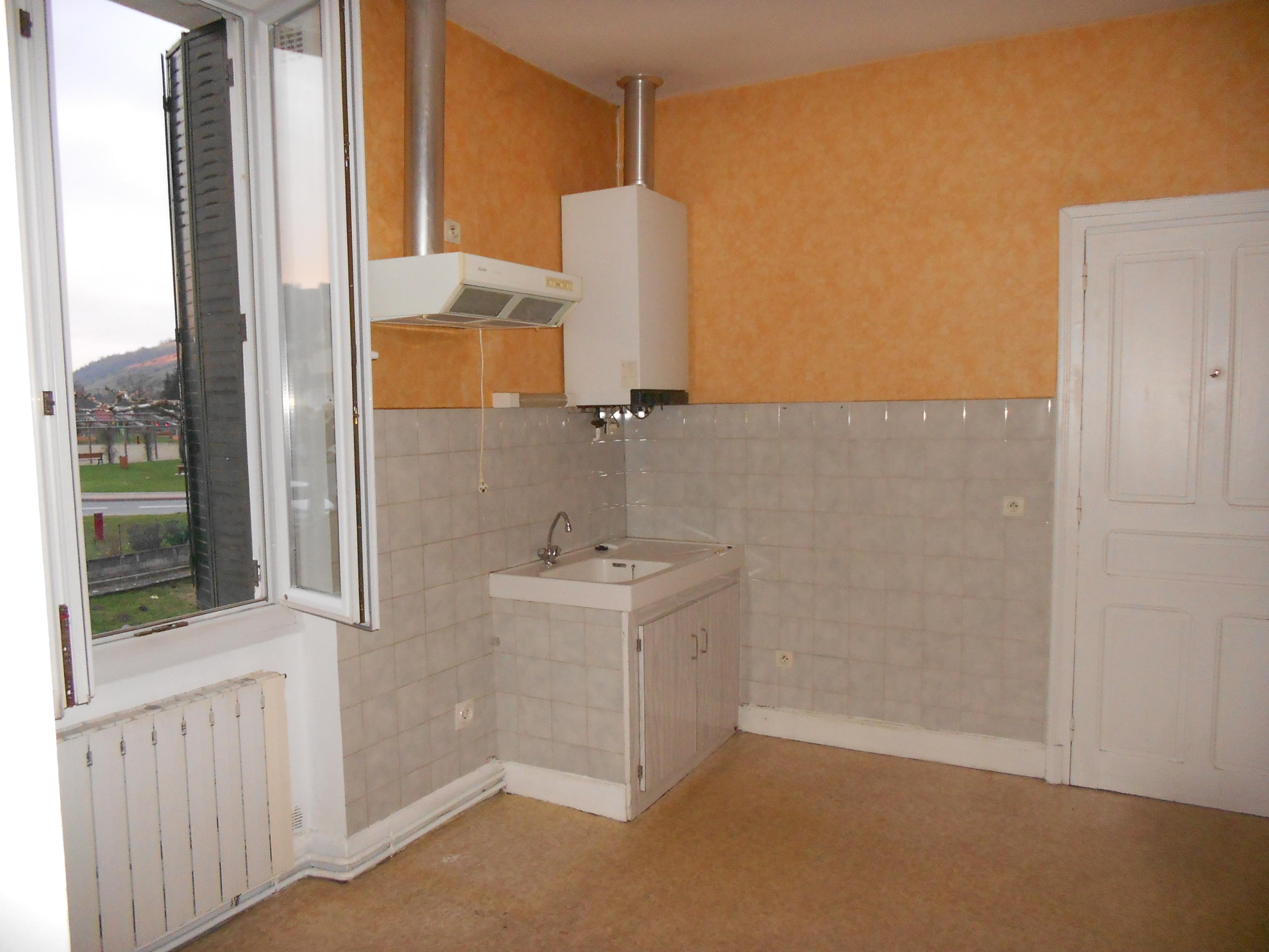 Appartement T3 à louer à FIRMI