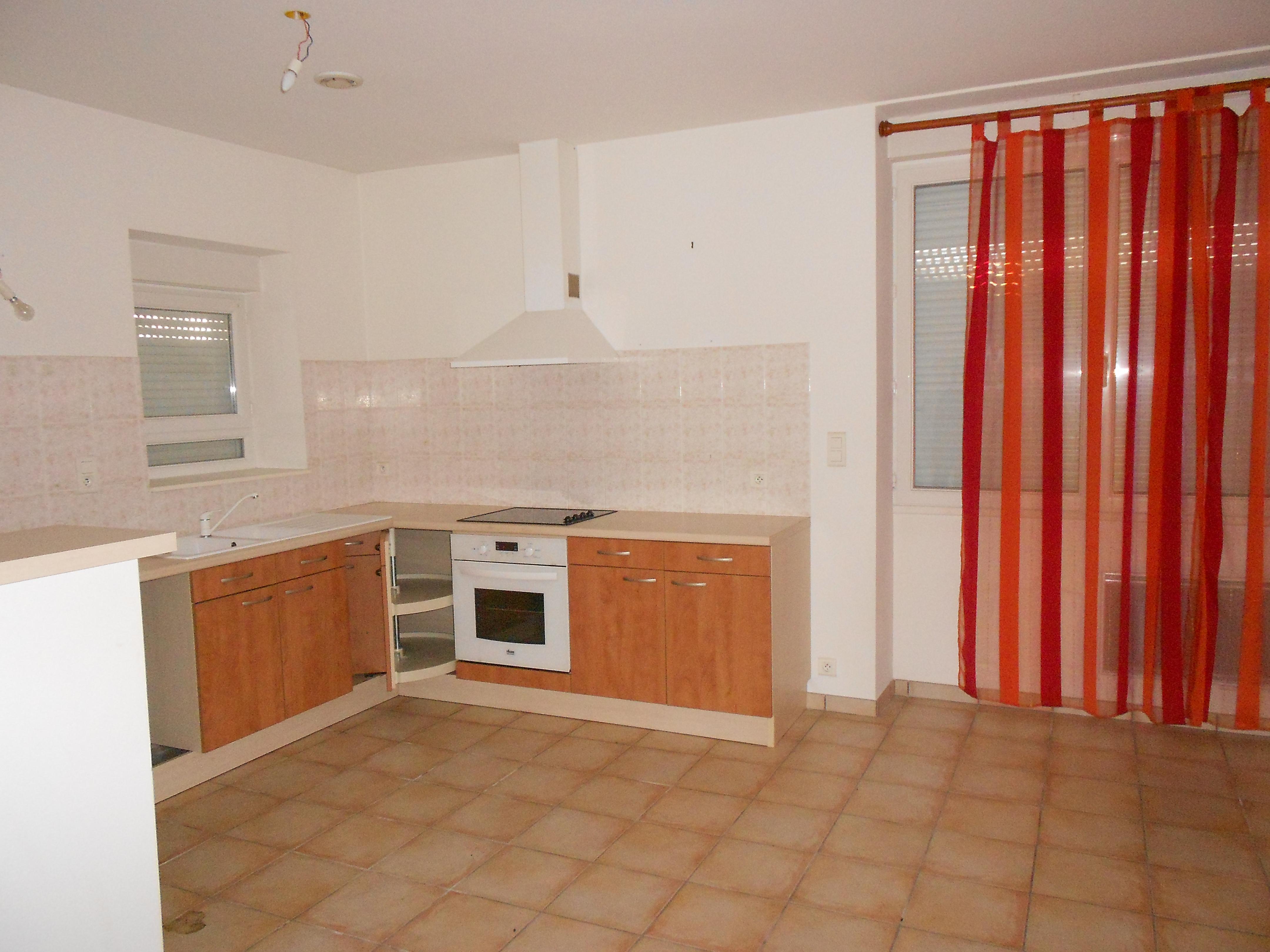Appartement T2  à louer à Capdenac centre