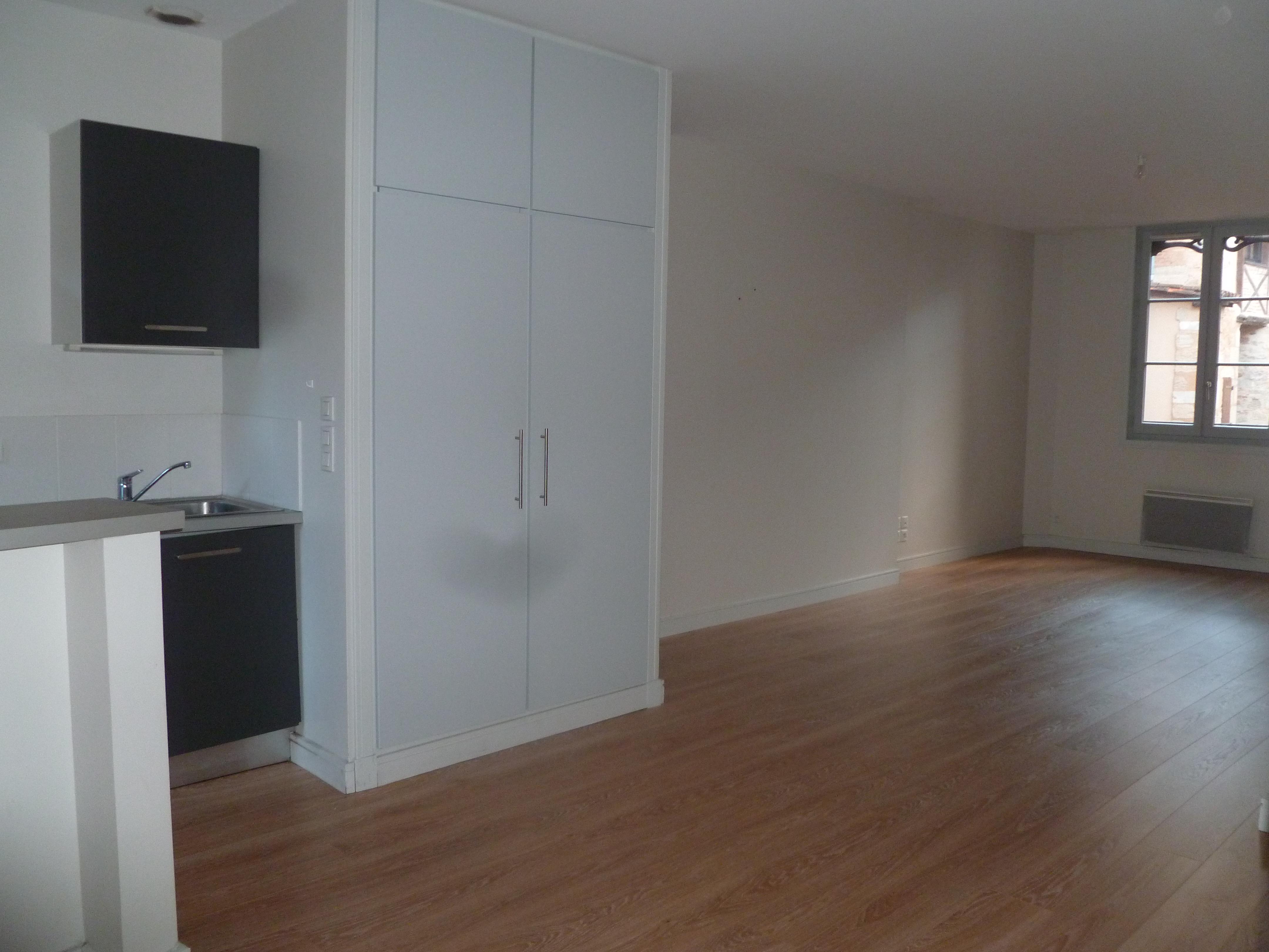Appartement T3 à louer à Figeac centre