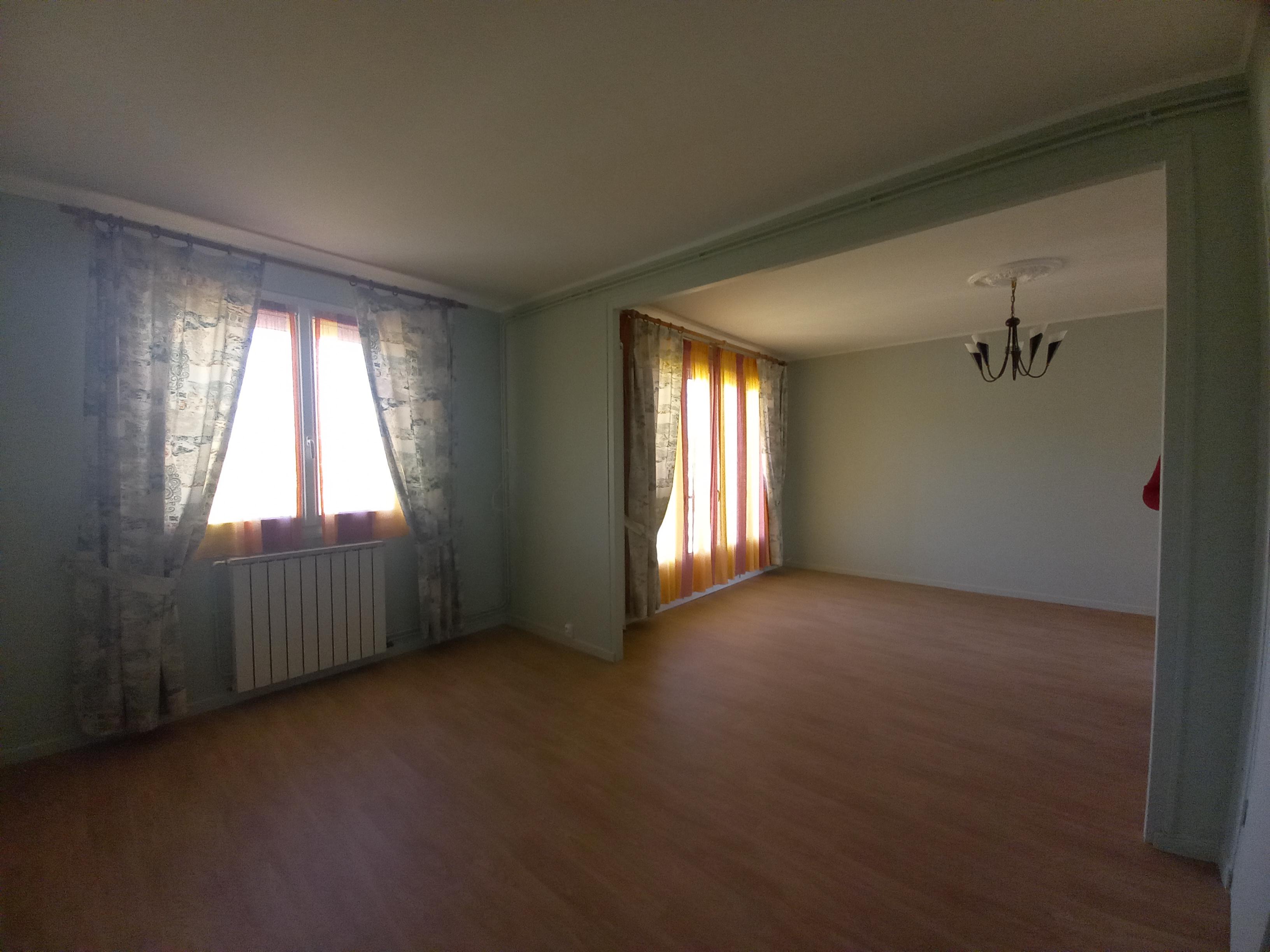 Appartement T3 avec balcon en résidence à FIGEAC