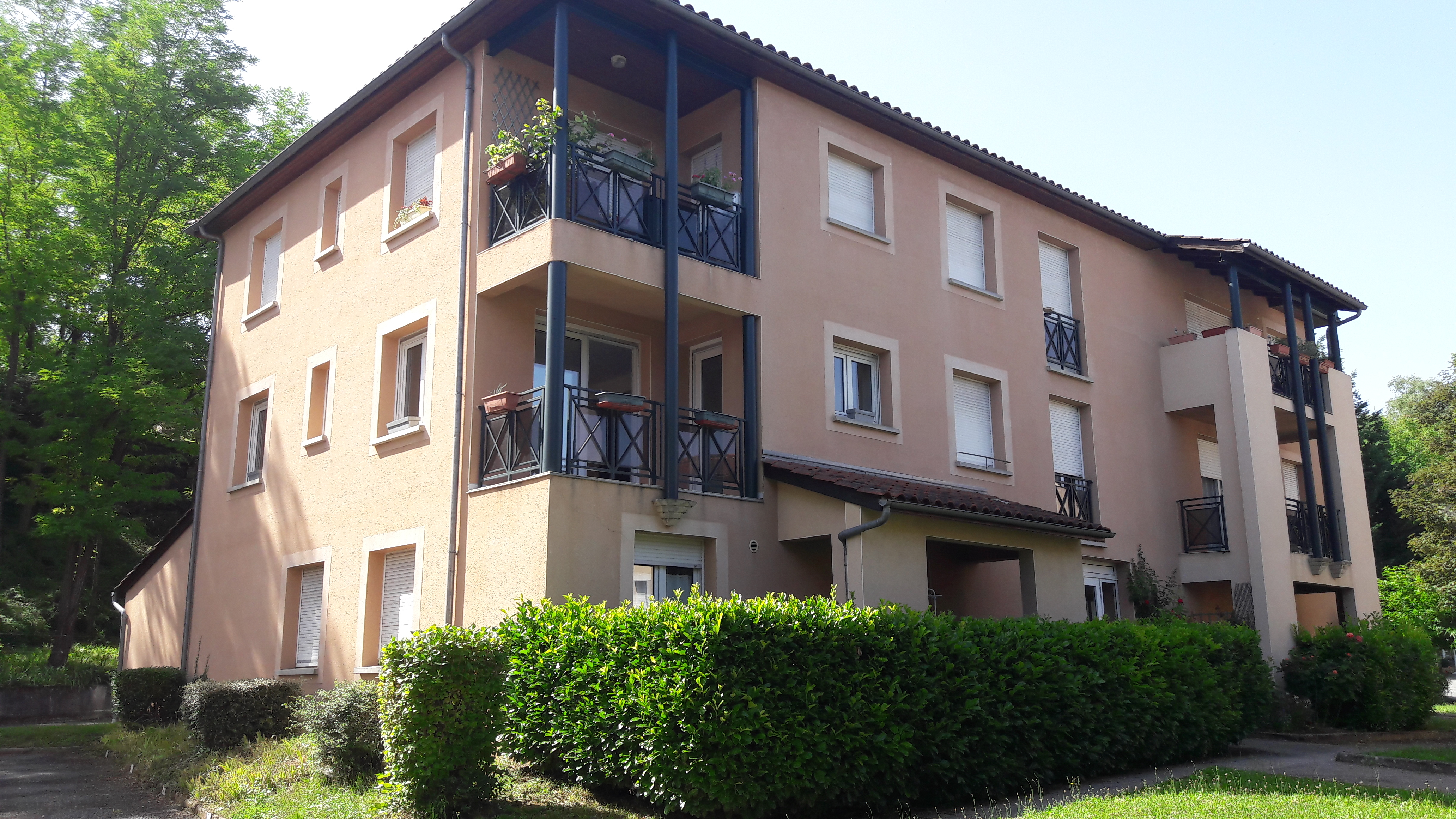 Appartement T3 en résidence à louer à FIGEAC
