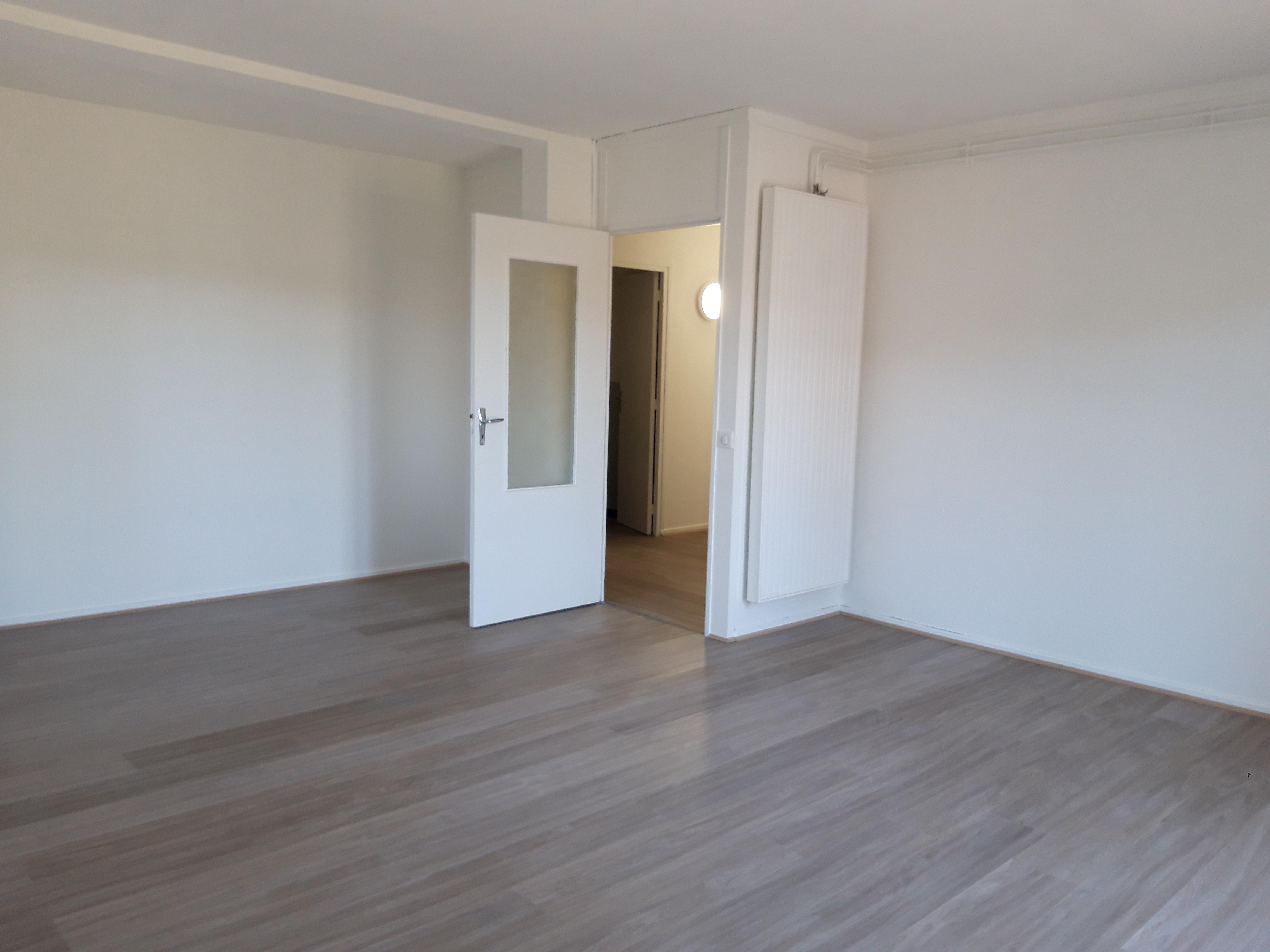 Appartement T2 rénové à louer à FIGEAC