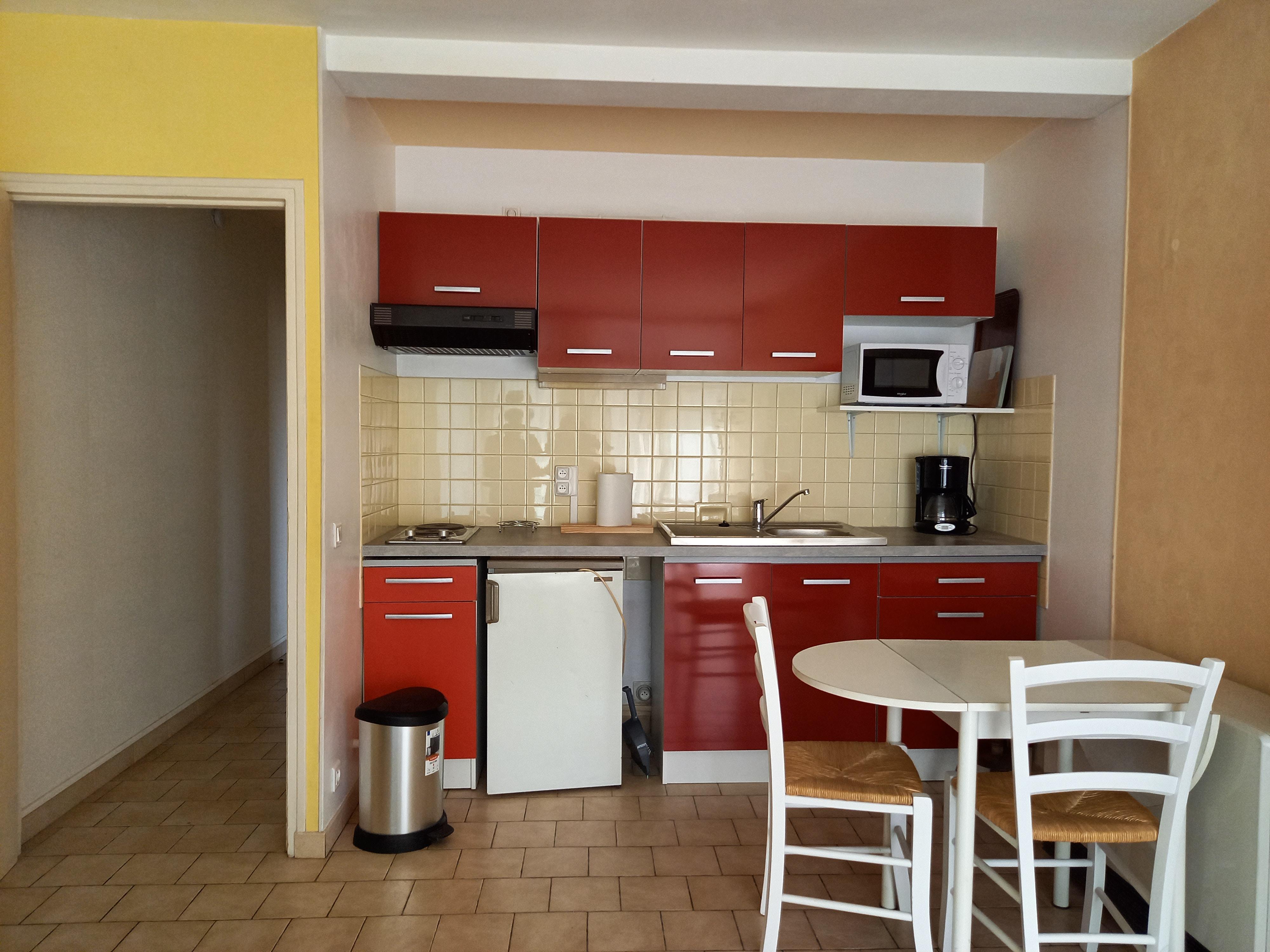 Studio meublé en résidence à louer à FIGEAC