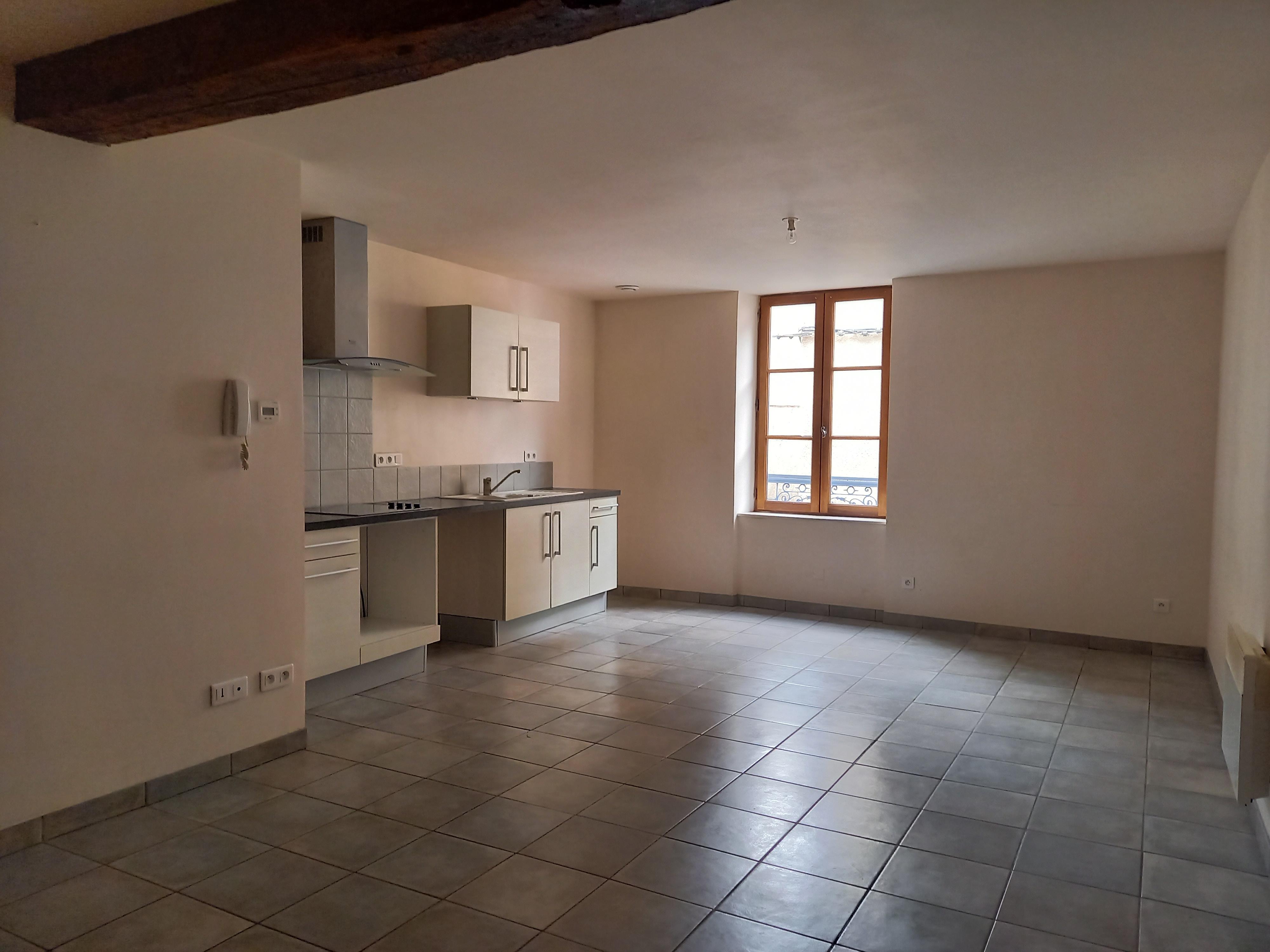 Appartement T3 duplex à louer à FIGEAC centre